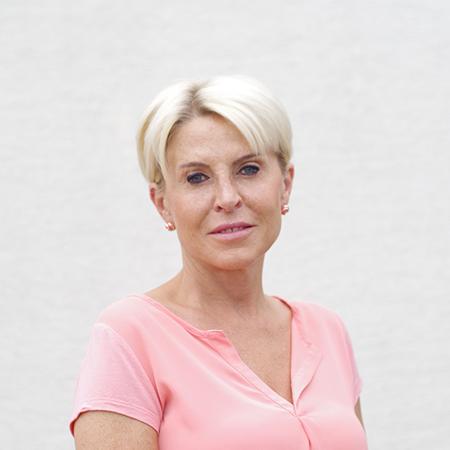Simonyiné Vagács Krisztina